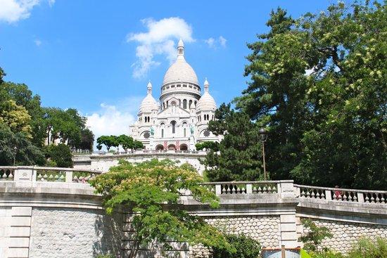 Hôtel Bellevue Paris Montmartre: Sacre Coeur Basilica
