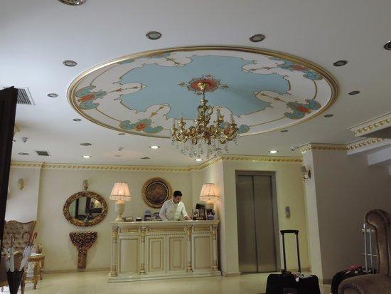 White House Hotel Istanbul: Recepçâo do Hotel