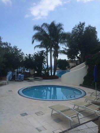 Hotel Raito: piscine