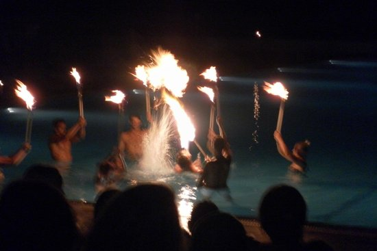 Eden Roc Resort Hotel & Bungalows : Finale of Fire Show by Animation Team
