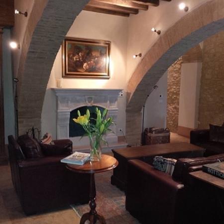 Borgo Finocchieto: The villa