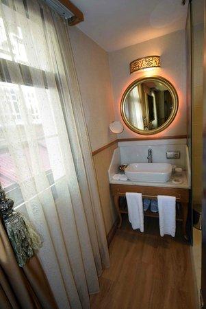 Hotel Sultania: Floor 1-4 room detail_Sultania