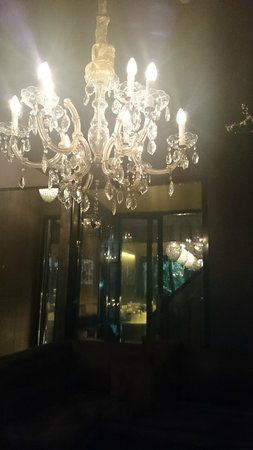 Hotel Diamonds And Pearls: Lighting fab throughout
