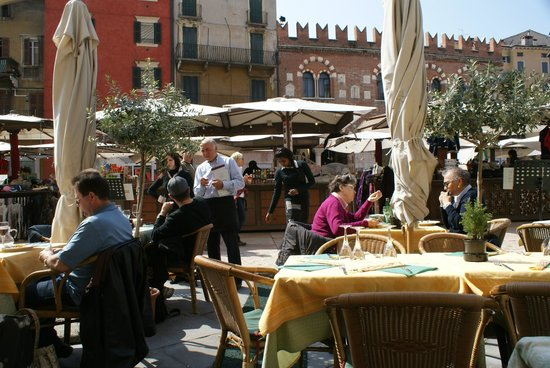 Osteria Alla Torre: The owner is a wonderful charcacter
