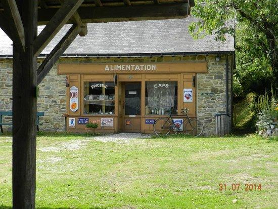 Domaine de la Petite Couere: ancien bazar