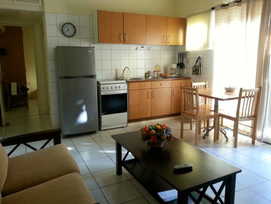 Camacuri Apartments Aruba: Kitchen