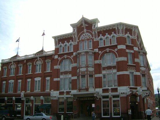 Historic Downtown Durango Straton Hotel