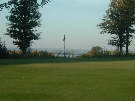 Bay Mills Resort & Casinos : Lake Outlook at the Golf Course