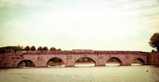 The Tiberius Bridge : Ponte di Tiberio (Rimini)