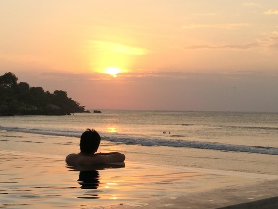 Four Seasons Resort Bali at Jimbaran Bay : sunset