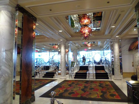 Golden Nugget Hotel: Hall