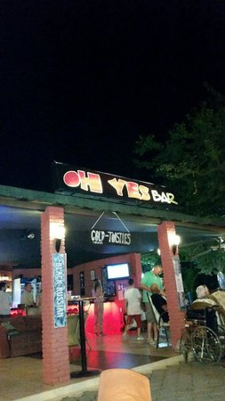Oh Yes Cocktail Garden Bar