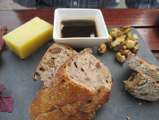 Restaurant Envy: delightful cheese plate
