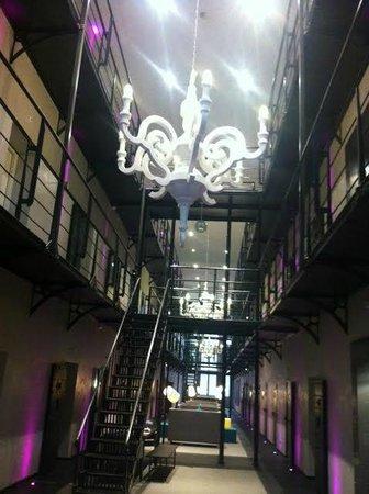 Het Arresthuis: Atrium