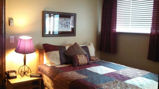 Simba Run Vail Condominiums : bedroom
