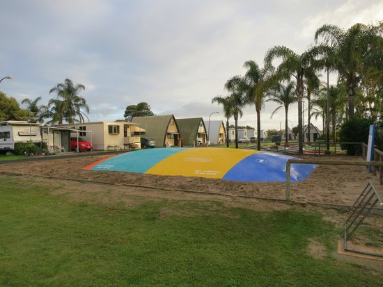 Discovery Parks – Bunbury Village : The jumping pillow where kids will definitely love it