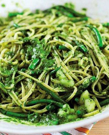 Bravo : home made pesto pasta