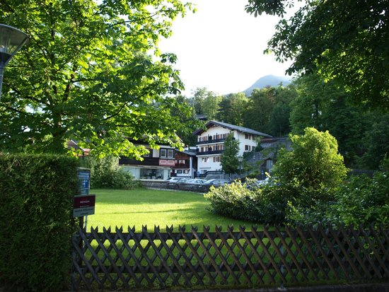 Mercure Hotel Garmisch-Partenkirchen : Вид из отеля,рядом с отелем