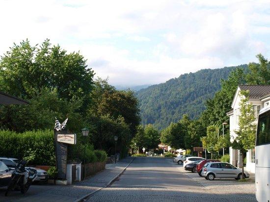 Mercure Hotel Garmisch-Partenkirchen: Вид из отеля,рядом с отелем