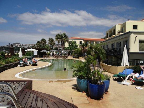 Porto Santa Maria Hotel: Pool area