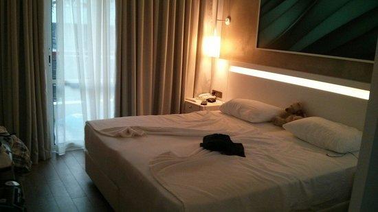 Poseidon Hotel : Doppelzimmer 5. Stock