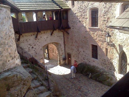 Castle Loket: the yard