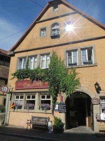 Guckloch Pilsbar - Bistro - Gästezimmer