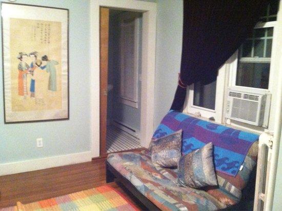 Morning Glory B&B Woodstock NY: Blue room