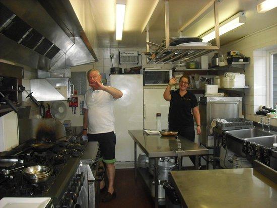 Blackmore Vale Inn: Chef and Zoe closing down