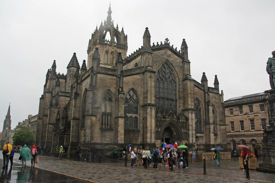 St Giles' Cathedral: St. Giles Cathedral from Royal Mile