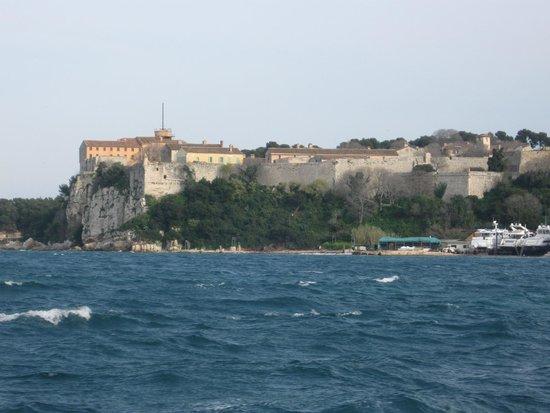 Île Sainte-Marguerite : L'isola.