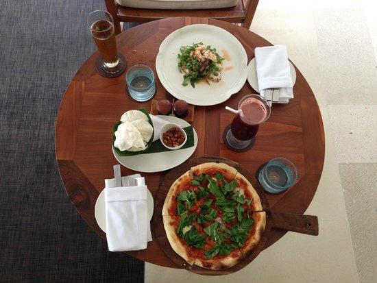 COMO Uma Ubud: Pizza during lunch