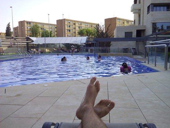 Nelva Hotel: Buena piscina para relajarse por las tardes después del trabajo ;)