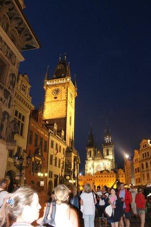Old Town (Stare Mesto) : Praga by night