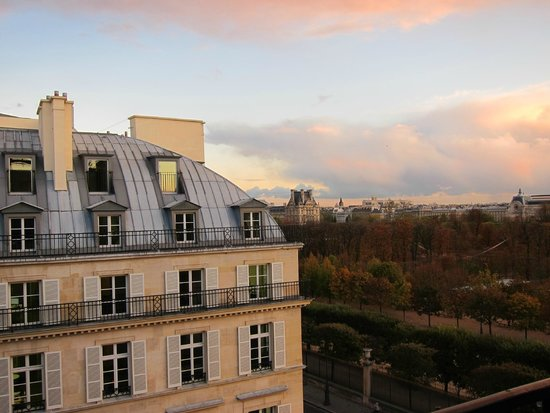 The Westin Paris - Vendome: View from 5th Floor Castiglione side