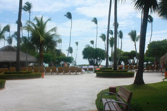 Iberostar Bavaro Suites: pool area