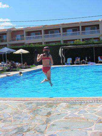 Amaryllis Hotel: Pool!