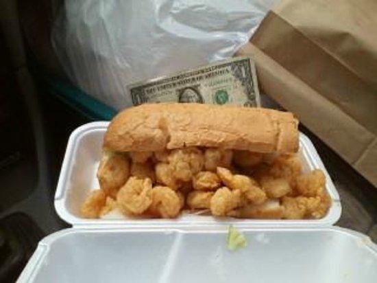 Seafood Express : Shrimp Po-Boy