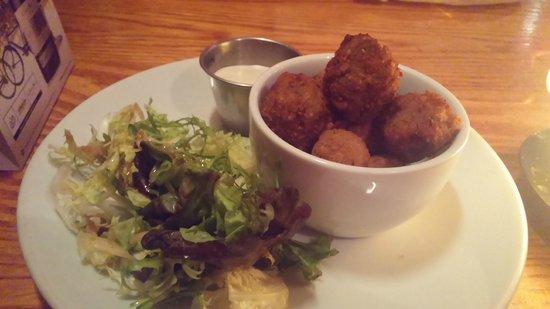 Porters English Restaurant: Breaded Mushrooms