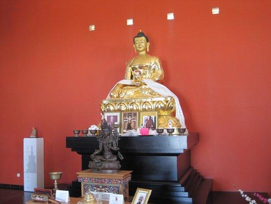 Templo budista: altar