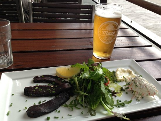 Rorbua : Smoked Whale with delicious creamy mustard and vegetable cream cheese, and Mack beer