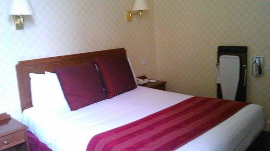 Midland Hotel: Double room 241