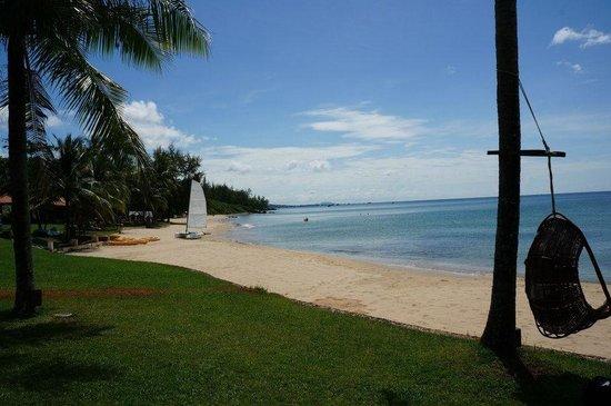 Chen Sea Resort & Spa Phu Quoc: Hotel beach