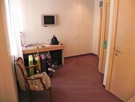 Rixwell Terrace Design Hotel : Skrivbordsdelen.