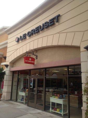Las Americas Premium Outlets Le Creuset