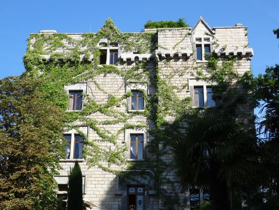 Chateau De Riell: Le chateau