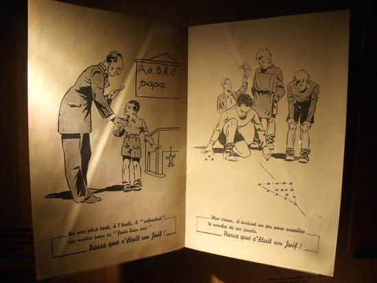 Mémorial de Caen : Un carnet distribué au écolier