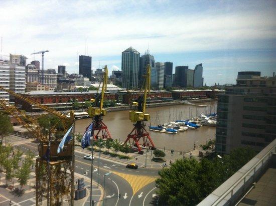 Hilton Buenos Aires: Esta es la vista desde la habitación!!