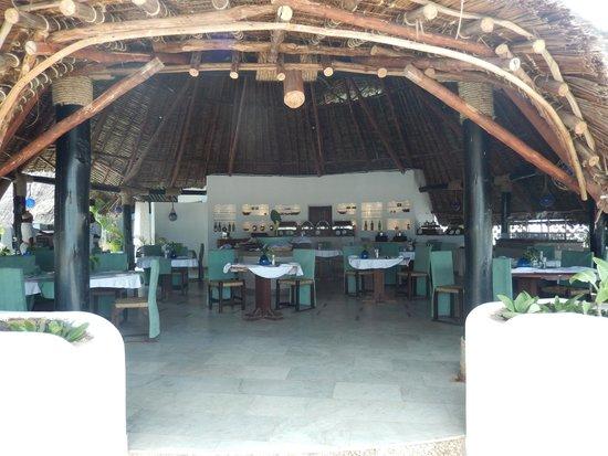 Ocean Village Club: One of the restaurant