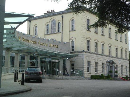 Dunboyne Castle Hotel And Spa: Hotel Entrance